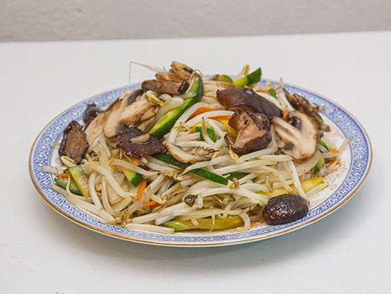 35 - Chop suey de verduras mixtas