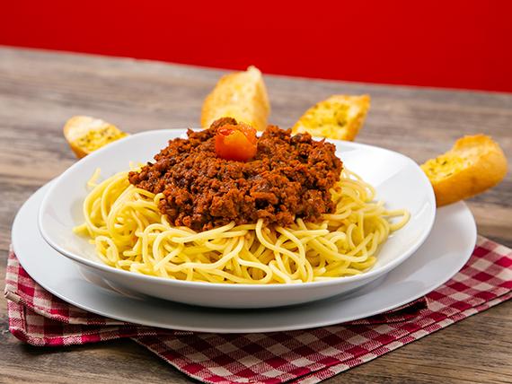 Espaguetti a la boloñesa