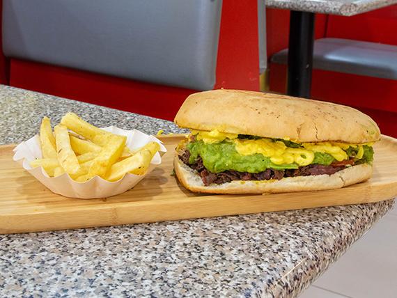 Combo - Sándwich italiano (12 cm) + papas fritas + Bebida 591 cc