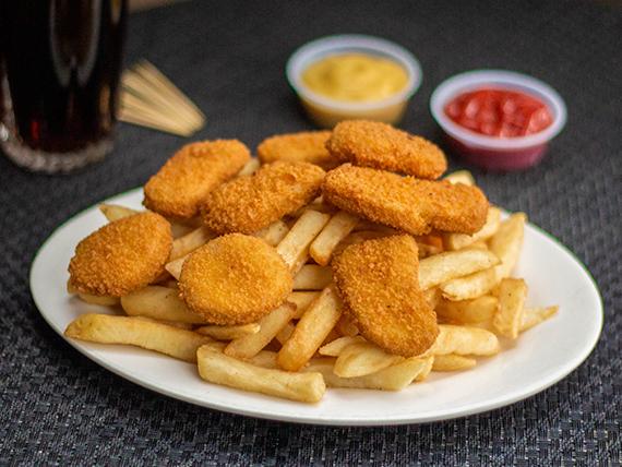 Combo - Papas fritas 200 gr + nuggets 10 unidades + bebida 350 ml