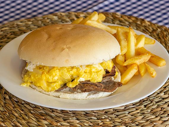 Sándwich chorrillano