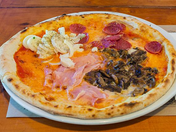 Pizza cuatro destinos