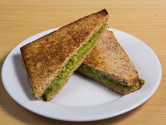 Sándwich de palta