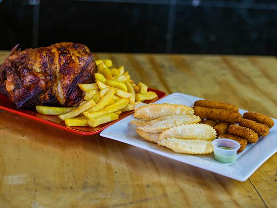 Chicken 3 - pollo entero + papas maxi + 12 empanadas de queso + 8 palos de queso + 8 nuggets + bebida 1.5 L