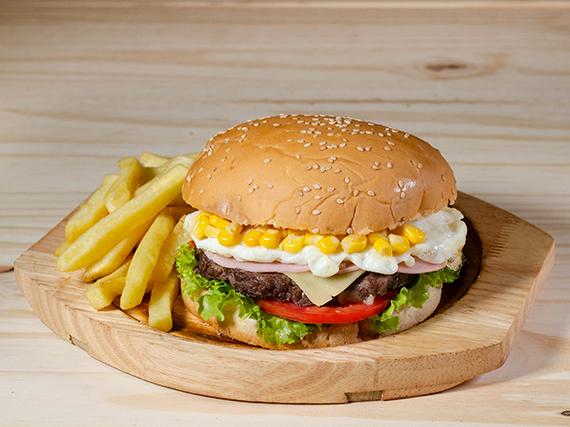 Hamburguesa con jamón y choclo