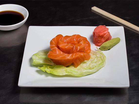 50 - Sashimi de salmón