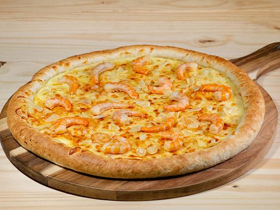 Pizza con camarón al ajillo familiar