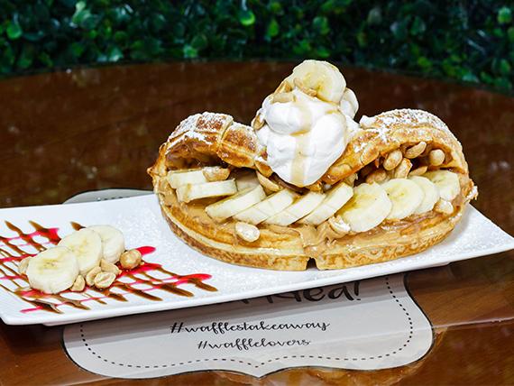 Waffle banana crunch