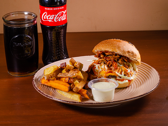 Combo - Hamburguesa korean BBQ pork + Gaseosa 500 ml