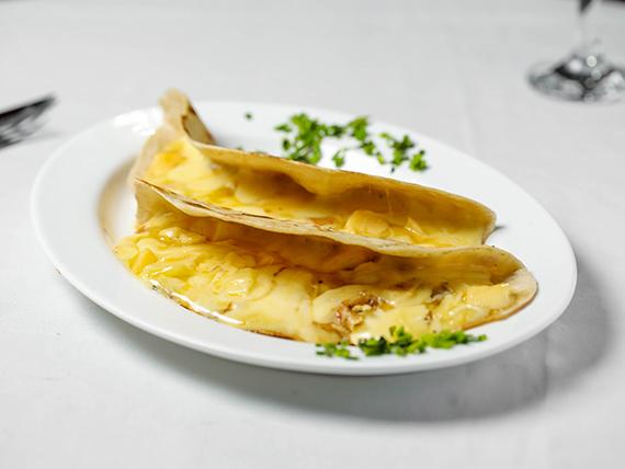 Taco Cuatro quesos (2 unidades)