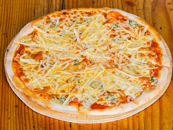Pizza 4 quesos (32 cm)