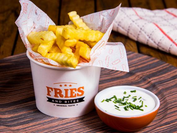 Promo 1 - Papas Fries + bebida 500 ml