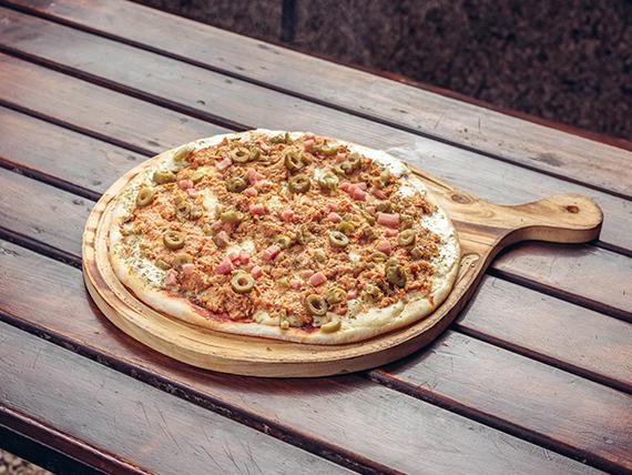9 - Pizza con pollo especial