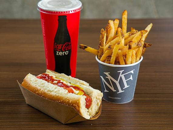 Perfect combo - Papas fritas de 10 oz + premium hot dog + soda de 16 oz