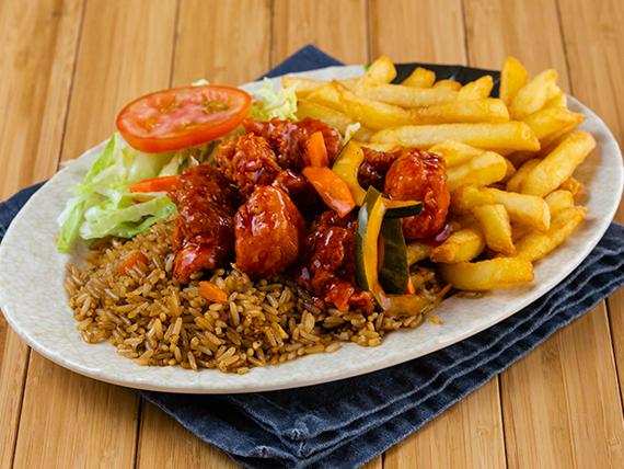 Combo 7 - Costilla frita con salsa agridulce + arroz frito + papas fritas + ensalada + soda en lata 355 ml