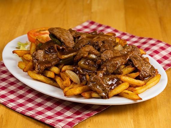Combo 1 - Bisteco picado + arroz frito + papas fritas + ensalada + soda en lata