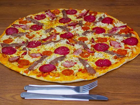 Pizza familiar Suprema (38 cm)