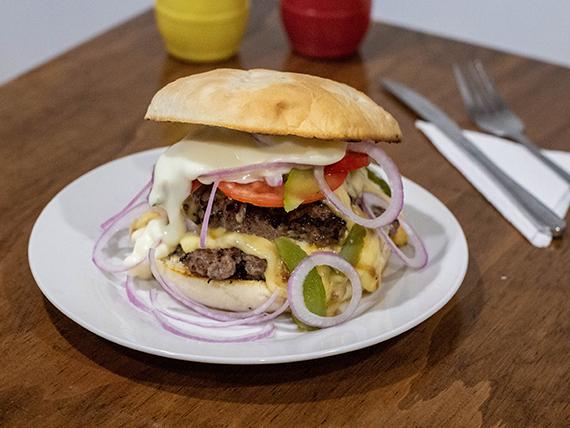 Sándwich de hamburguesa gringa