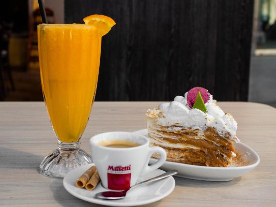 Combo - Café americano + torta