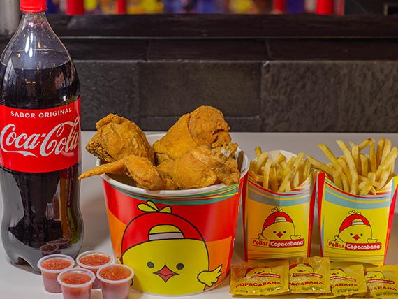 Combo - Balde 8 presas de pollo surtidas + 2 papas grandes + Coca Cola 2 L