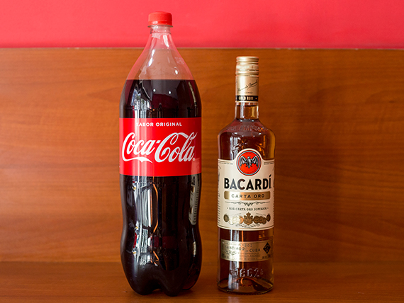 Combo - Ron Bacardi 750 ml + refresco Coca Cola