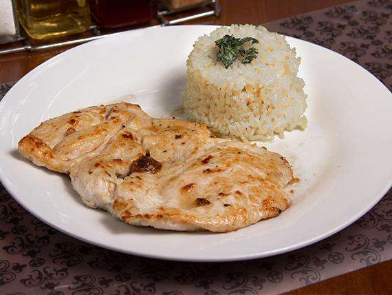 Pechuga a la plancha con arroz