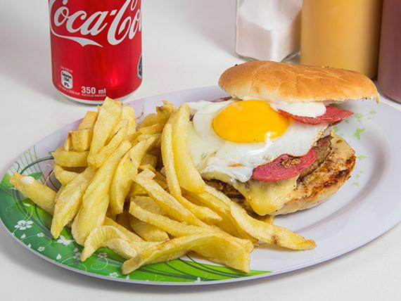 Combo 8 - Sándwich gladiador + papas fritas naturales + bebida 350 ml