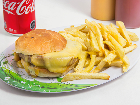 Combo 2 - Hamburguesa + papas fritas + bebidas 350 ml