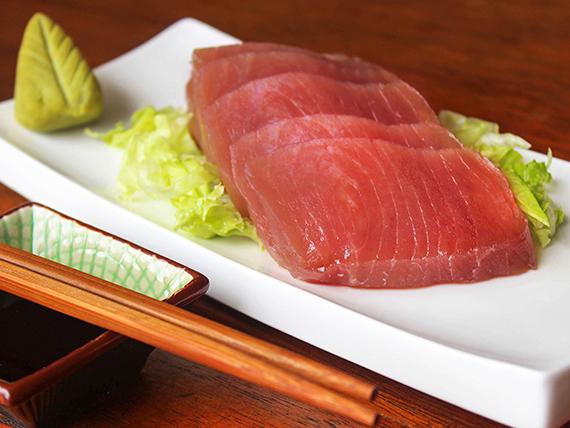 Sashimi de atún (7 piezas)