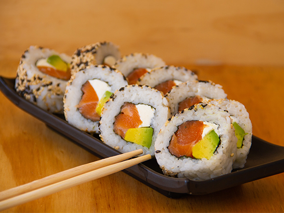 California salmón roll