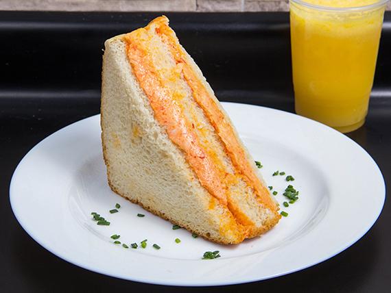 Combo - Sándwich + jugo de fruta natural