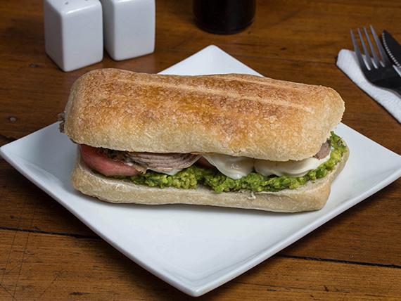 Sándwich de lomito italiano