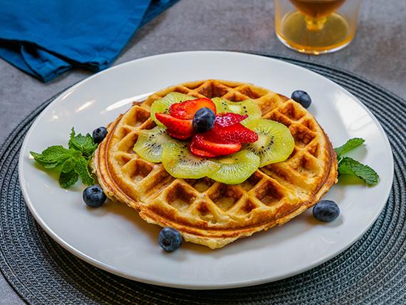 Waffle con fruta