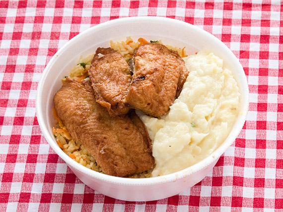 Marmitex 5 - Filé de merluza, purê de batata, arroz à grega e feijão