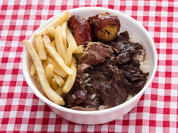Marmitex 1 - Linguiça, churrasco, arroz, feijão, frango, fritas e farofa