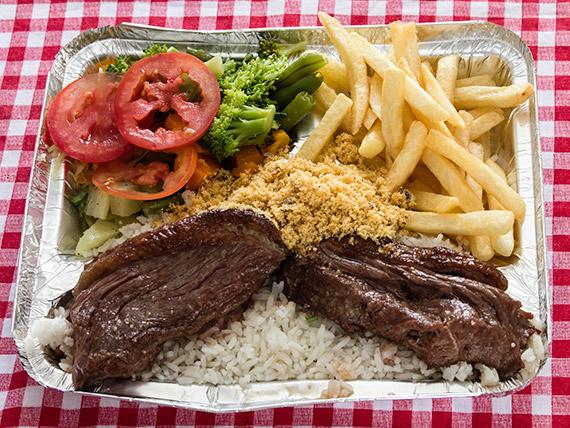 Marmitex 11 - Baby bife de picanha, arroz, feijão, fritas, farofa e salada