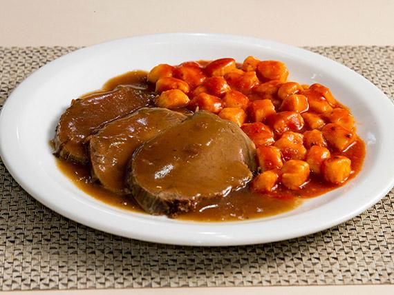 Carne assada com gnocchi (2 pessoas)