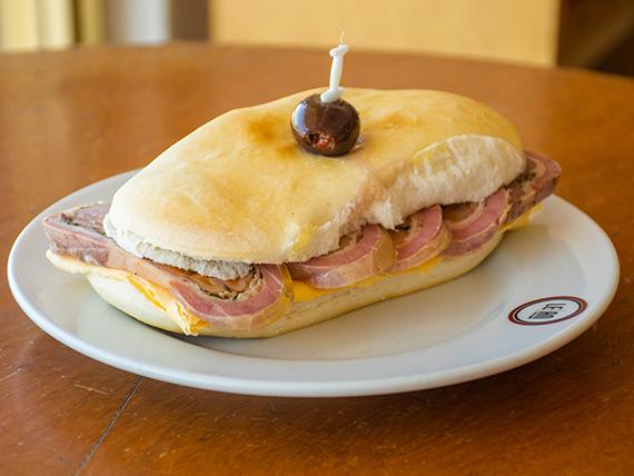 Sándwich de matambre