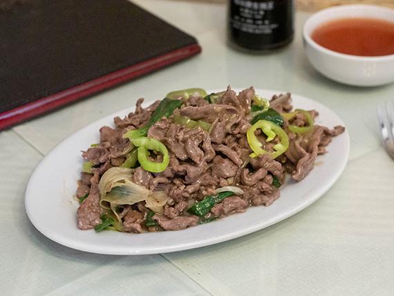 Carne mongoliano