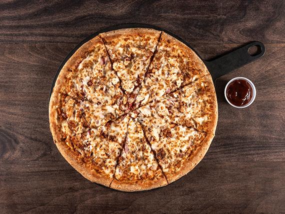 Pizza chicken BBQ familiar