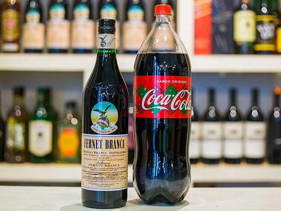 Promo - Fernet Branca 1 L + gaseosa Coca Cola 2.25 L