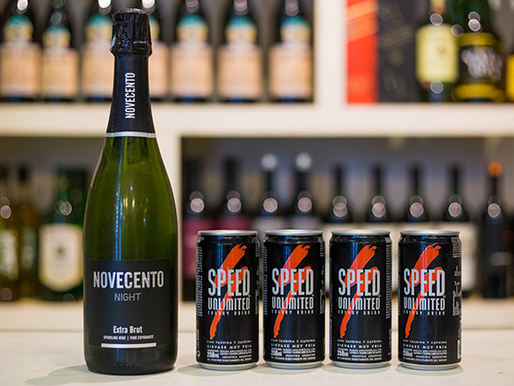 Promo - Champagne Novecento 750 ml + 4 Speed