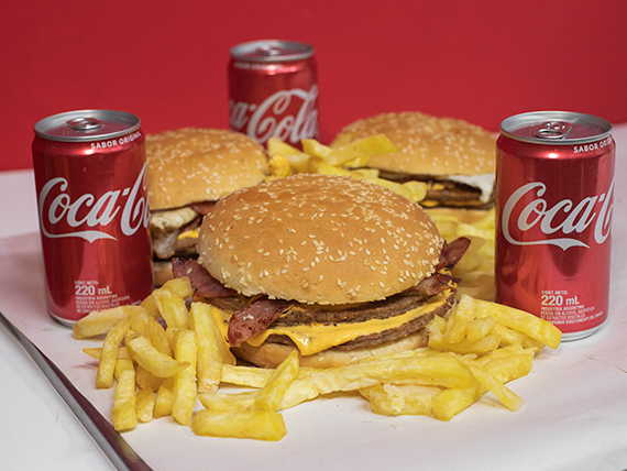 Promo - 3 hamburguesas dobles + papas fritas + 3 Coca Cola 220 ml