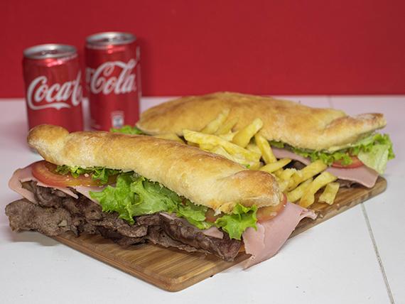 Promo - 2 sándwich de lomito a elección + papas fritas + 2 Coca Cola 220 ml
