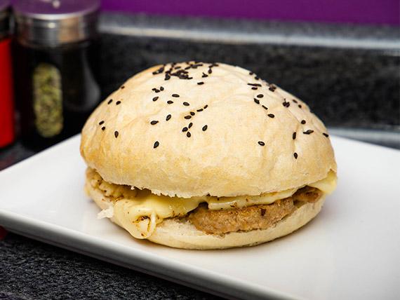 Sándwich seitán luco (vegano)