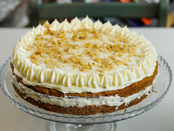 Carrot cake con frosting de cream cheese (28 cm)