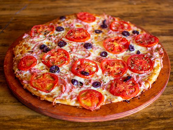 Pizza napolitana familiar