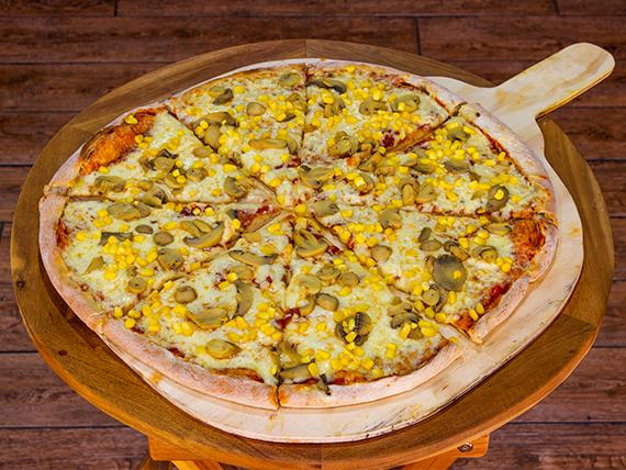 Pizza de champignón y choclo (36 cm)