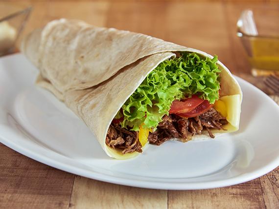 Wrap de  carne   con 5 ingredientes a elección