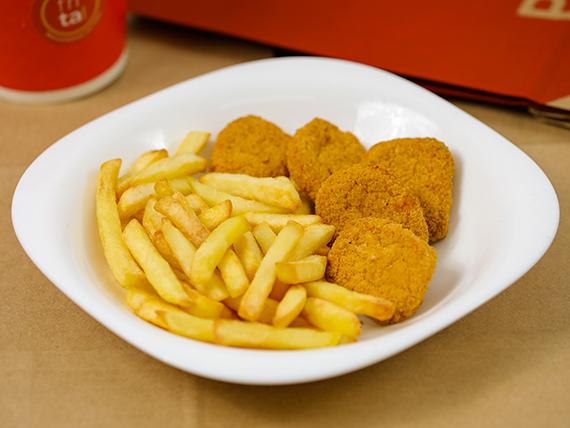 Nuggets con 130 g de papas fritas